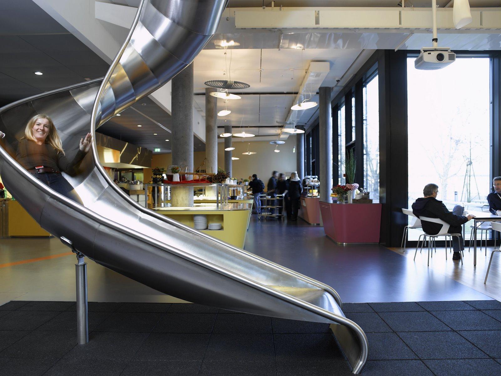 Les bureaux de google à zurich une aire de jeu pour grands enfants