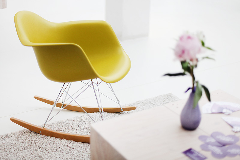 stylight eames chair