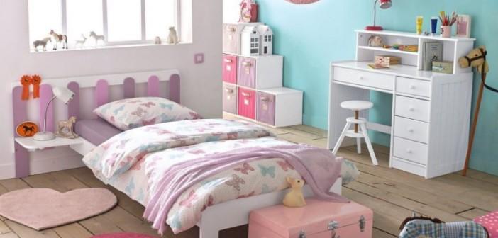 d corer une chambre de fillette avec du papier de soie. Black Bedroom Furniture Sets. Home Design Ideas