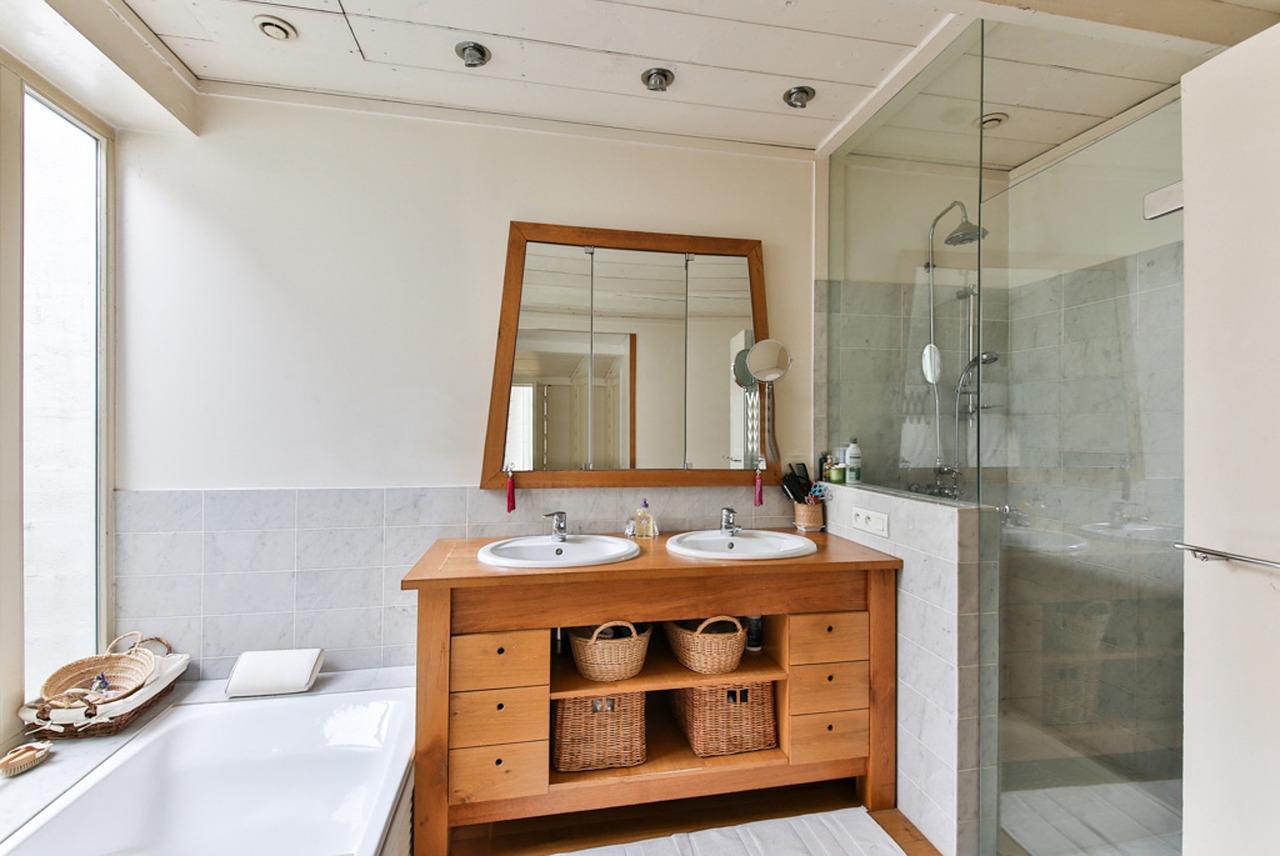 Salle De Bain Astuce Rangement ~ armoire salle de bain le rangement id al pour vos bricoles