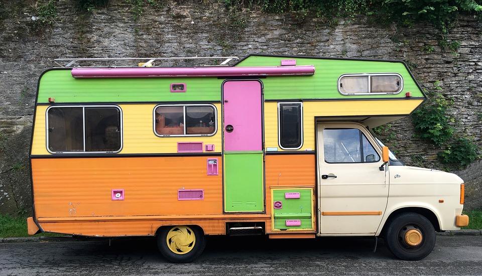 trucs et astuces pour personnaliser votre camping car en appart. Black Bedroom Furniture Sets. Home Design Ideas