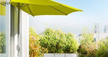 Parasol : quel modèle pour un balcon d'appartement ?